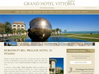 grandhotelvittoriapesaro.it