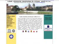 """Verona Guide Turistiche Autorizzate di Verona """"Juliet & Co."""" - Visite Guidate"""