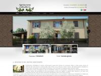 Collealberti.it - Casa Vacanze Collealberti - Agriturismo in toscana - Prodotti tipici toscana - Vendemmia toscana - Olio toscano - Vino toscano
